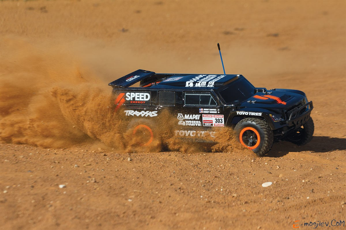 Модель шорт-корс трака Traxxas Slash Dakar Edition