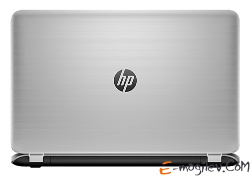 "HP Pavilion 17-f008sr A8 5745M/8Gb/1Tb/DVD/ R7 M260 2Gb/17.3""/HD/1366x768/Win 8.1/natural silver/BT2.1/6c/WiFi/Cam"